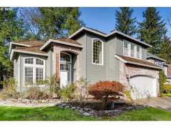 Photo of 2310 MICHAEL DR, West Linn, OR 97068 (MLS # 18105992)