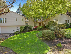 Photo of 4 WESTMINSTER DR, Lake Oswego, OR 97034 (MLS # 18112150)