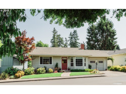 Photo of 16090 SW KING CHARLES AVE, King City, OR 97224 (MLS # 18129369)