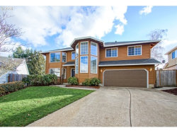 Photo of 11577 SW SHOREVIEW PL, Tigard, OR 97223 (MLS # 18147242)