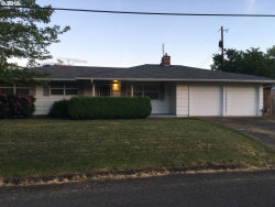 Photo of 1509 BRYANT AVE, Cottage Grove, OR 97424 (MLS # 18150352)