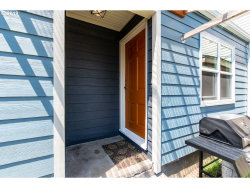 Photo of 3329 SE 143RD AVE, Portland, OR 97236 (MLS # 18180014)