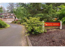 Photo of 3338 SW PARSONS CT, Portland, OR 97219 (MLS # 18184276)