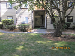Photo of 2708 SE 138TH AVE , Unit 39, Portland, OR 97236 (MLS # 18199663)