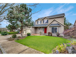 Photo of 3619 KNOLL DR, Newberg, OR 97132 (MLS # 18203768)