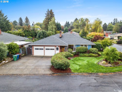Photo of 4900 SE WILLOW ST, Milwaukie, OR 97222 (MLS # 18217981)
