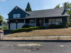 Photo of 2990 NE 6TH ST, Gresham, OR 97030 (MLS # 18244518)