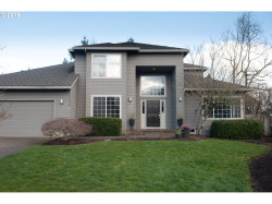 Photo of 1935 PINTO CT, West Linn, OR 97068 (MLS # 18251563)