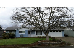 Photo of 3130 DAHLIA LN, Eugene, OR 97404 (MLS # 18265913)