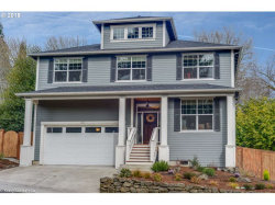 Photo of 2233 SW CANBY CT, Portland, OR 97219 (MLS # 18269838)