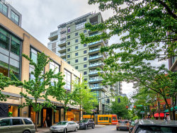 Photo of 1025 NW COUCH ST , Unit 1112, Portland, OR 97209 (MLS # 18275808)