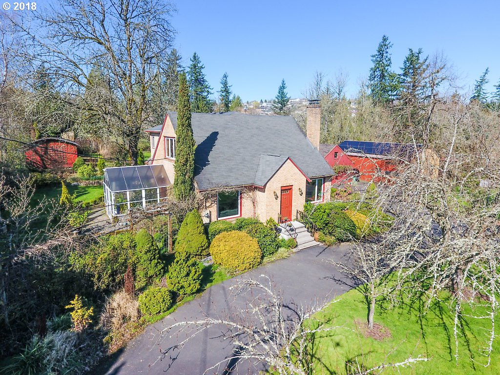 Photo for 7701 SE 162ND AVE, Portland, OR 97236 (MLS # 18278878)