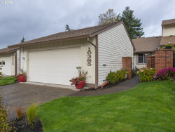 Photo of 10385 SW GREENLEAF TER, Tigard, OR 97224 (MLS # 18279914)