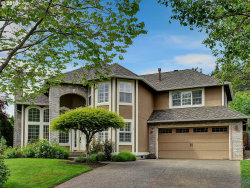 Photo of 13984 CHELSEA DR, Lake Oswego, OR 97035 (MLS # 18282365)