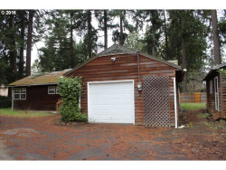 Photo of 7601 SE ROOTS RD, Milwaukie, OR 97267 (MLS # 18305547)
