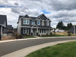 Photo of 1035 N ELM ST, Canby, OR 97013 (MLS # 18306384)