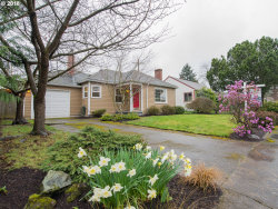 Photo of 9326 SE SALMON ST, Portland, OR 97216 (MLS # 18311388)