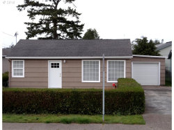 Photo of 1632 LAKESHORE DR, Coos Bay, OR 97420 (MLS # 18314497)