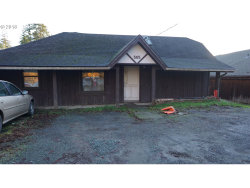 Photo of 565 E 6TH ST, Coquille, OR 97423 (MLS # 18317924)