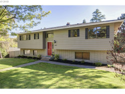 Photo of 2413 19TH ST, West Linn, OR 97068 (MLS # 18319616)