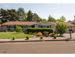 Photo of 11970 SW 118TH AVE, Tigard, OR 97223 (MLS # 18321040)
