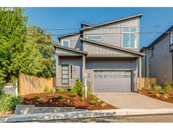 Photo of 4416 RIVERVIEW AVE, West Linn, OR 97068 (MLS # 18326014)