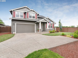 Photo of 8622 SW VALE CT, Wilsonville, OR 97070 (MLS # 18336613)