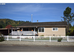 Photo of 1266 W 11TH, Coquille, OR 97423 (MLS # 18340313)
