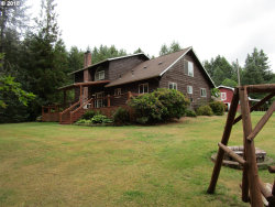 Photo of 29930 EDGEWOOD DR, Scappoose, OR 97056 (MLS # 18340663)