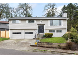 Photo of 2045 MAPLE TER, West Linn, OR 97068 (MLS # 18379751)