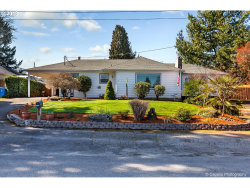 Photo of 12545 SE 25TH AVE, Milwaukie, OR 97222 (MLS # 18383123)