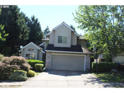 Photo of 15320 SW RIDDLE CT, Beaverton, OR 97007 (MLS # 18385071)