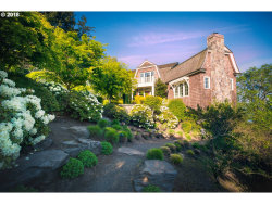 Photo of 2088 CREST DR, Lake Oswego, OR 97034 (MLS # 18392509)