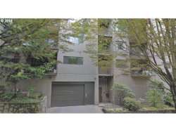 Photo of 2021 SW MAIN ST, Portland, OR 97205 (MLS # 18392596)