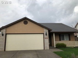Photo of 1370 SE 7 AVE, Canby, OR 97013 (MLS # 18406022)