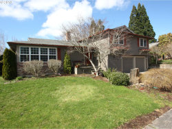 Photo of 1119 NW FALL AVE, Beaverton, OR 97006 (MLS # 18409535)