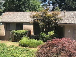 Photo of 4 GERSHWIN CT, Lake Oswego, OR 97035 (MLS # 18409726)