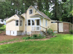 Photo of 5808 SE WILLOW ST, Milwaukie, OR 97222 (MLS # 18414085)
