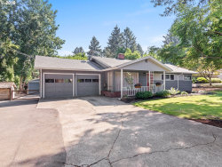 Photo of 8840 SW EDGEWOOD ST, Tigard, OR 97223 (MLS # 18415589)