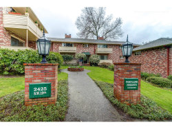 Photo of 2425 SW 19TH AVE , Unit 6, Portland, OR 97201 (MLS # 18417550)