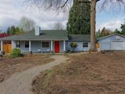 Photo of 7555 SW FLORENCE LN, Tigard, OR 97223 (MLS # 18422019)