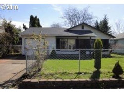 Photo of 10316 SE INSLEY ST, Portland, OR 97266 (MLS # 18443434)
