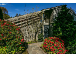 Photo of 2515 SW SAINT HELENS CT, Portland, OR 97201 (MLS # 18447157)
