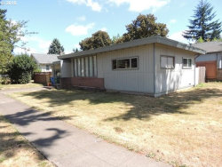Photo of 6424 SE 77TH AVE, Portland, OR 97206 (MLS # 18471220)