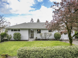 Photo of 12146 SW 29TH AVE, Portland, OR 97219 (MLS # 18475042)
