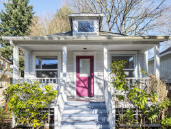 Photo of 743 SE LEXINGTON ST, Portland, OR 97202 (MLS # 18478599)
