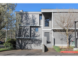 Photo of 637 SE LINN ST , Unit A, Portland, OR 97202 (MLS # 18483386)