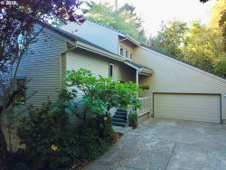 Photo of 10115 SW 59TH PL, Portland, OR 97219 (MLS # 18487650)