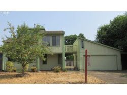 Photo of 980 S ELM CT, Canby, OR 97013 (MLS # 18494010)