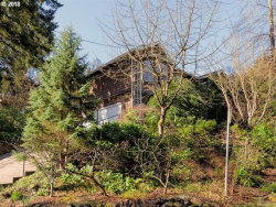 Photo of 3126 SW UPPER DR, Portland, OR 97201 (MLS # 18519982)